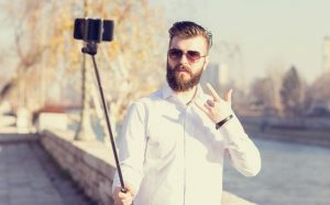 3 Kategori Selfie, Anda Termasuk yang Mana